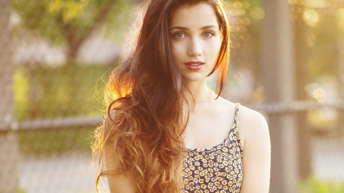 sunlight, blue eyes, emily rudd, smiling, looking at viewer, depth of field, brunette, floral