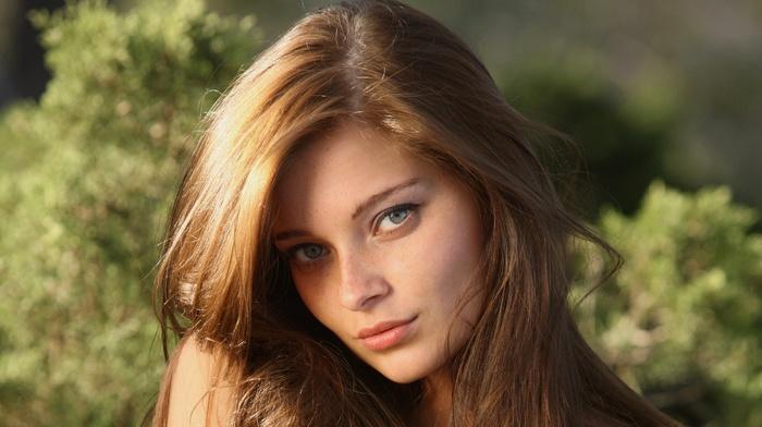 лицо, веснушки, брюнетка, девушка, модель, длинные волосы