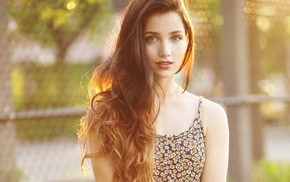 sunlight, blue eyes, Emily Rudd, smiling, looking at viewer, depth of field