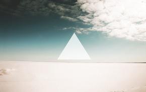 небо, треугольник, пустыня, минимализм, облака