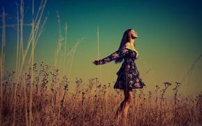 фильтр, девушка, брюнетка, поле, платье
