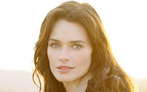 голубые глаза, брюнетка, актриса, модель